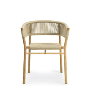 Ethimo's Kilt collection dining chair.
