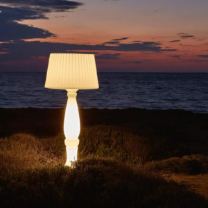 The Agata lamp outside by the beach.