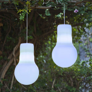 Balby hang light by New Garden in use.