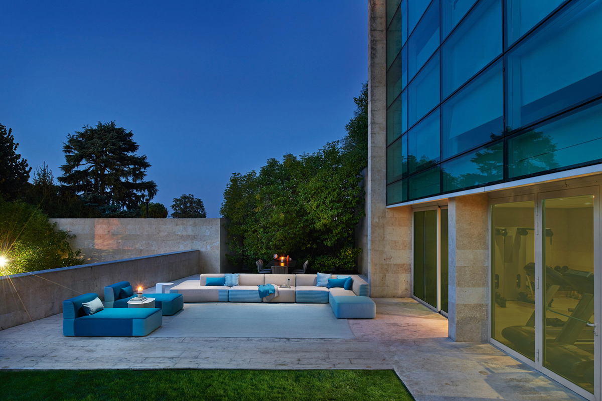 belt-modular-seating-varaschin-core-furniture-lifestyle-2