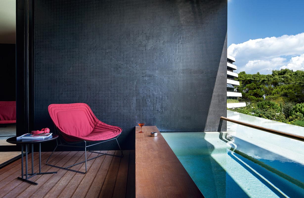 colorado-side-tabe-varaschin-core-furniture-lifestyle-1