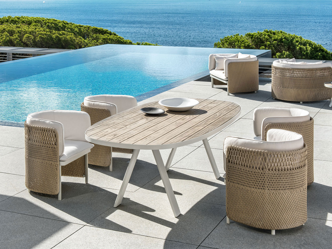 esedra-dining-chair-ethimo-core-furniture-lifestyle-2
