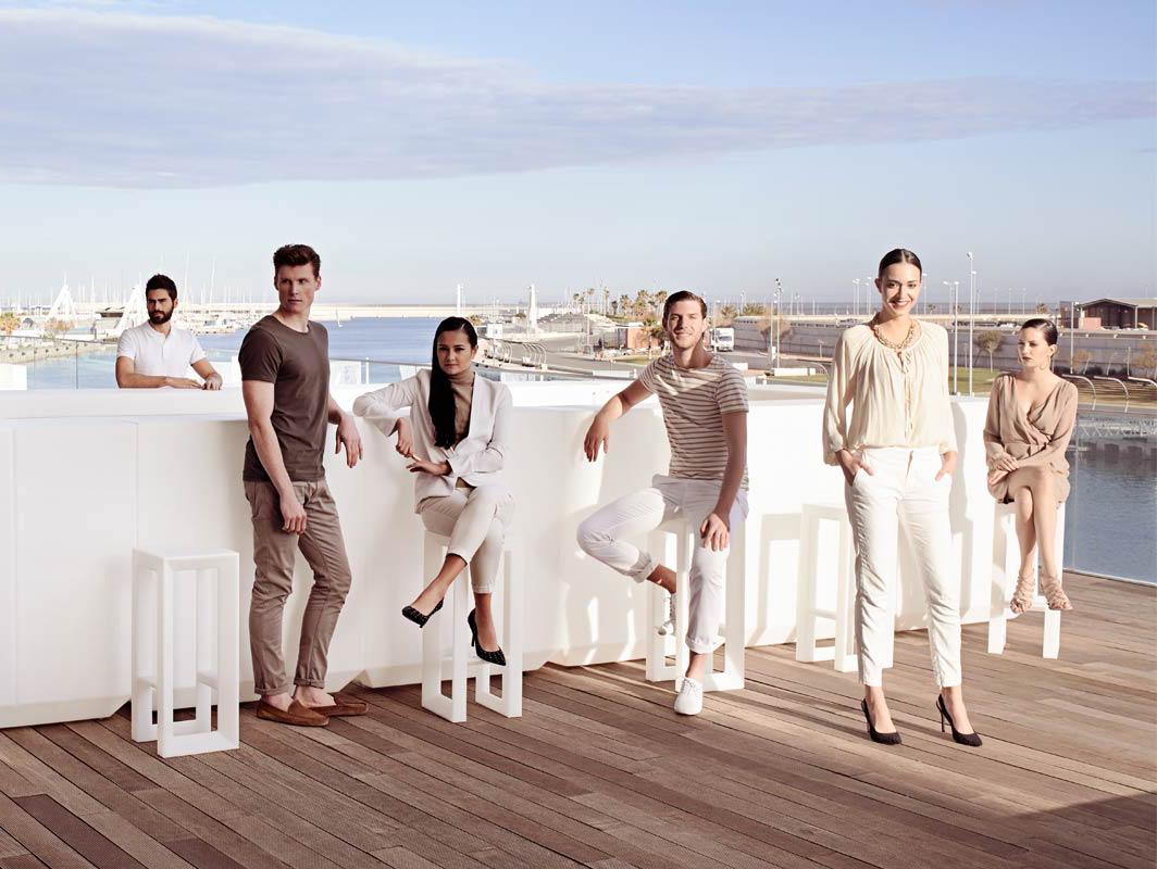 frame-vondom-core-furniture-lifestyle-3