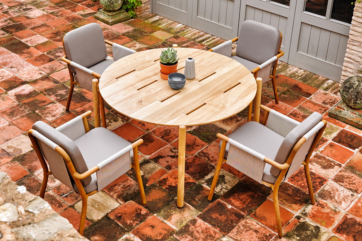 hamp-dining-chair-point-core-furniture-lifestyle-2
