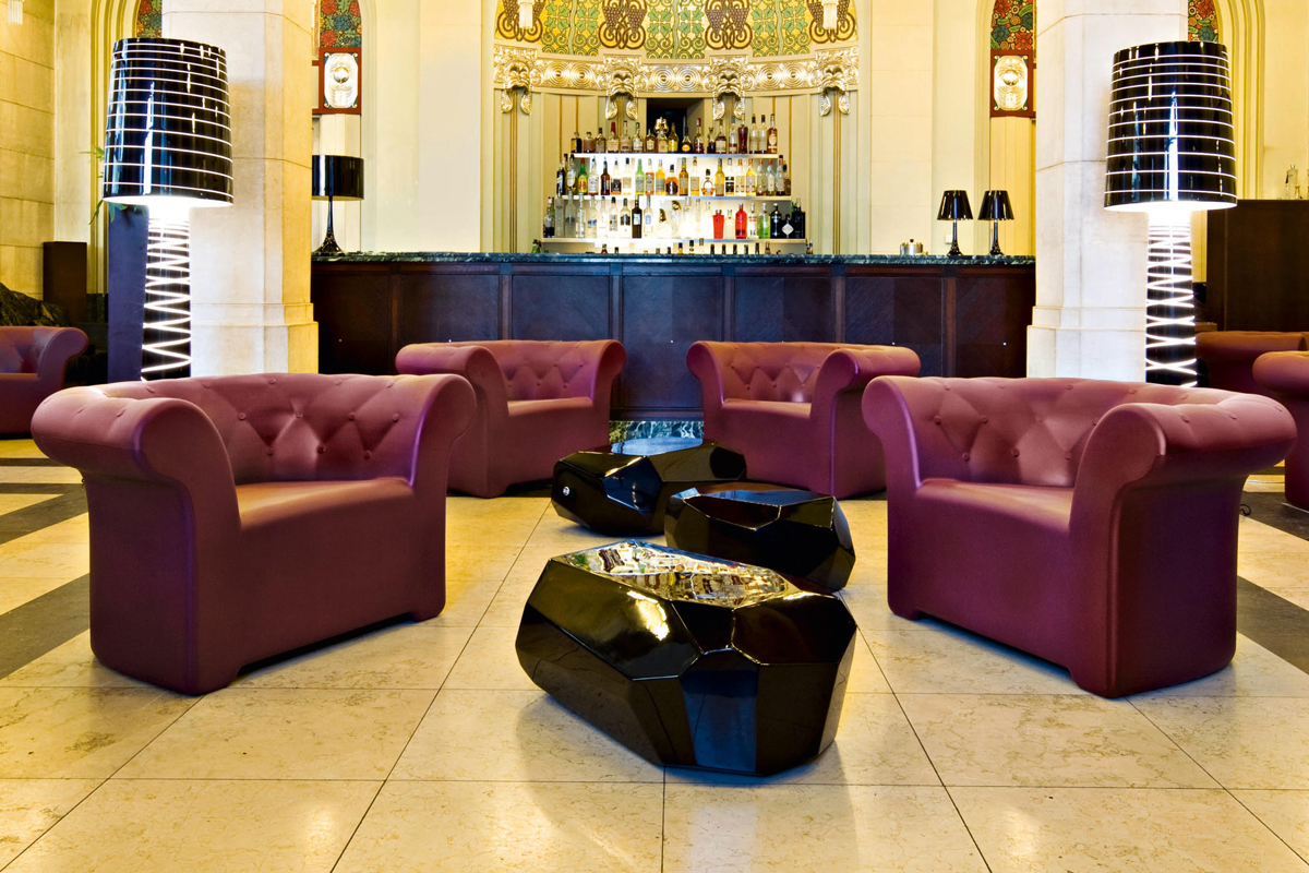 Meteor coffee table by serralunga core furniture online for Serralunga furniture