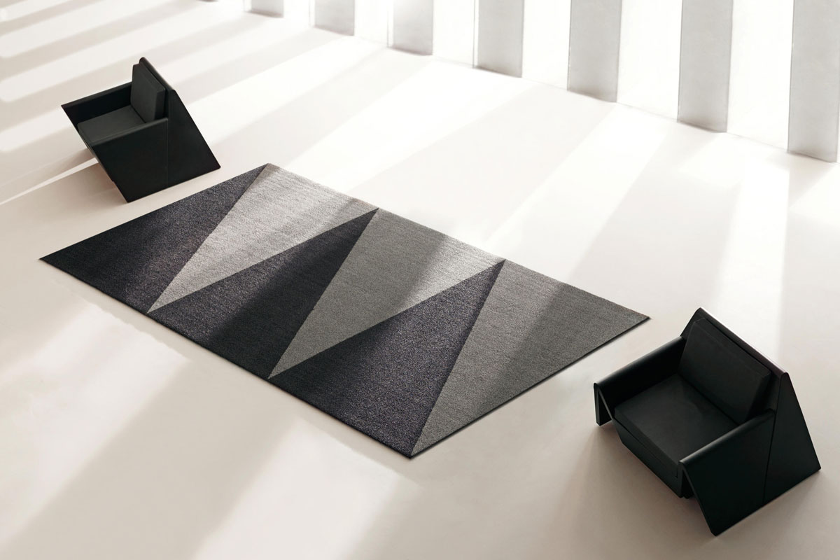 overlap-rug-vondom-core-furniture-lifestyle-2