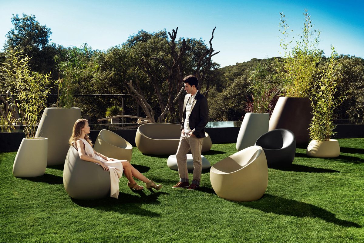stone-planter-vondom-core-furniture-lifestyle-4