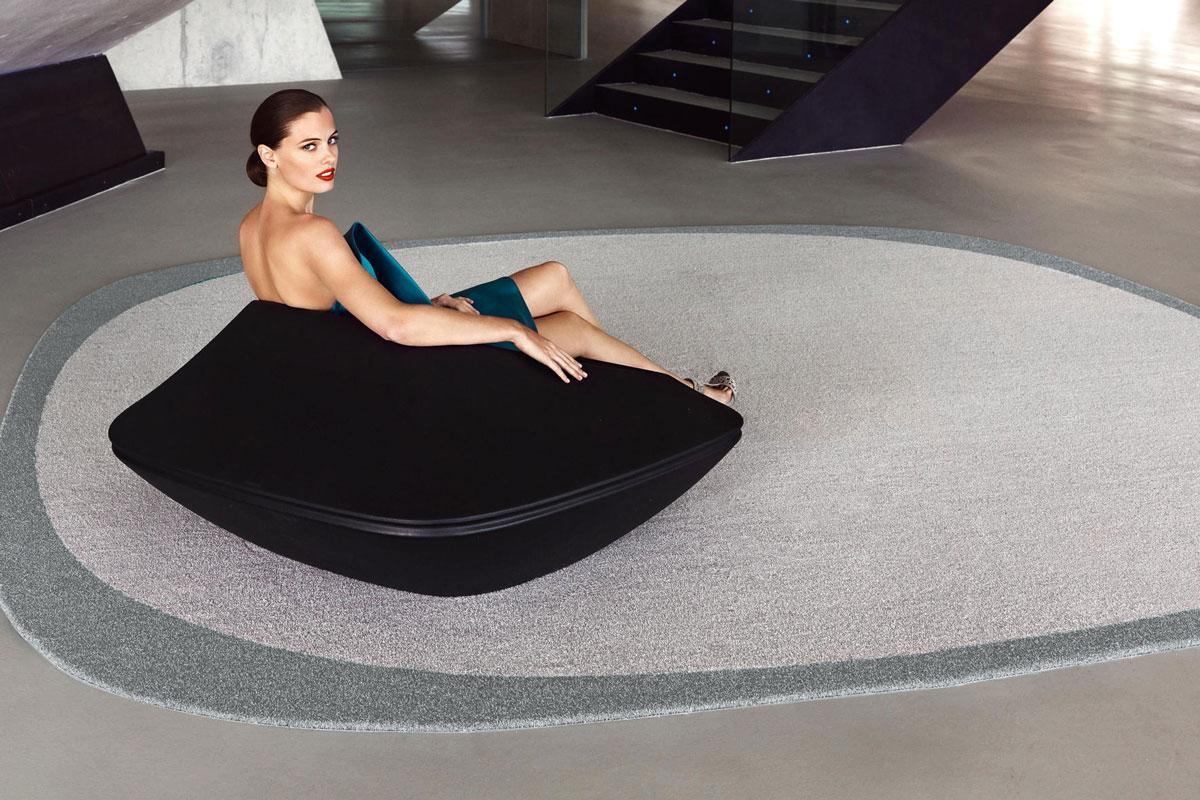 ufo-rug-vondom-core-furniture-lifestyle-2