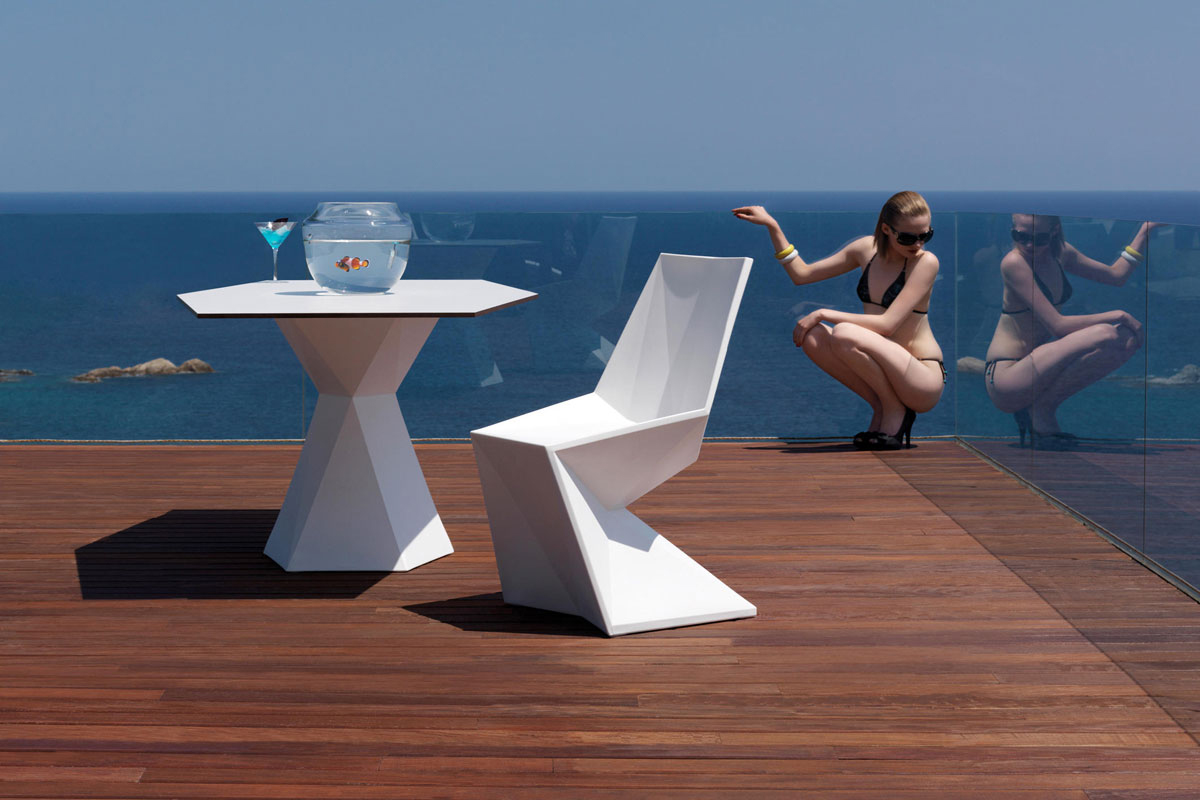 vertex-chair-vondom-core-furniture-lifestyle-2