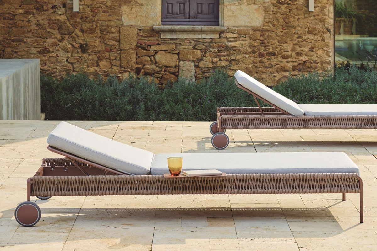 weave-sun-lounger-point-core-furniture-lifestyle-3