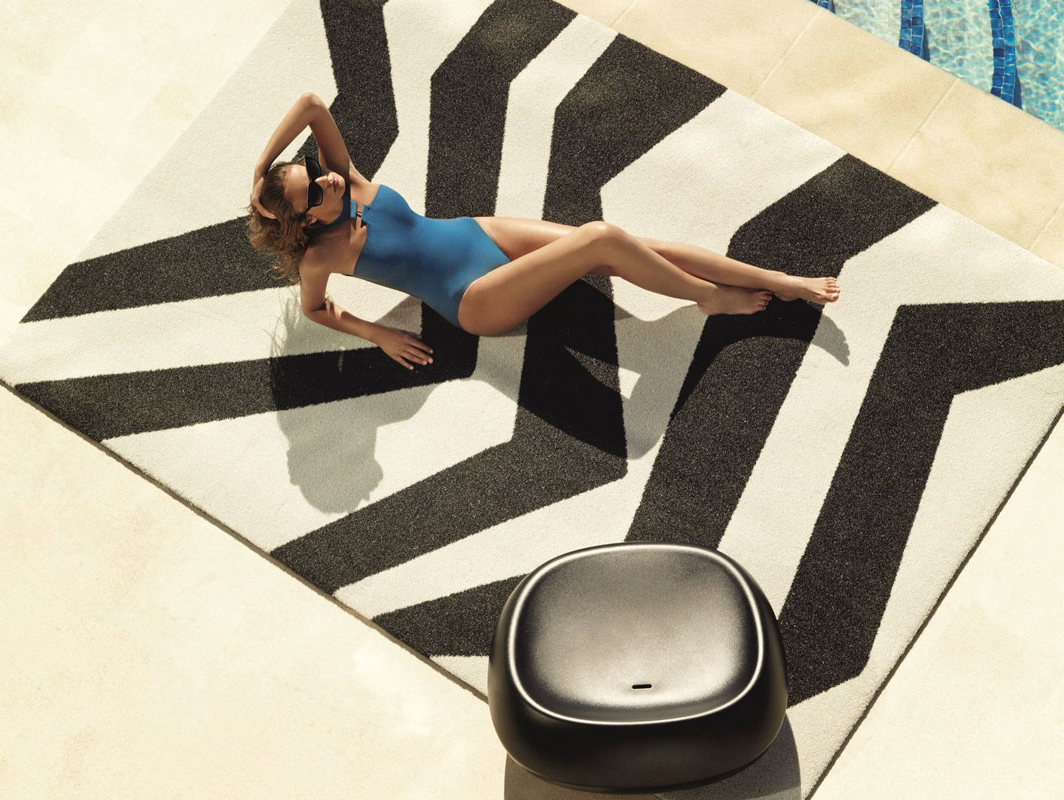 zebra-rug-vondom-core-furniture-lifestyle-3