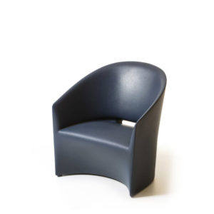 Serralunga's Pine Beach armchair in black