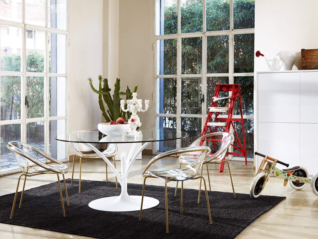 acacia-dining-table-white-calligaris-core-furniture-lifestyle-2