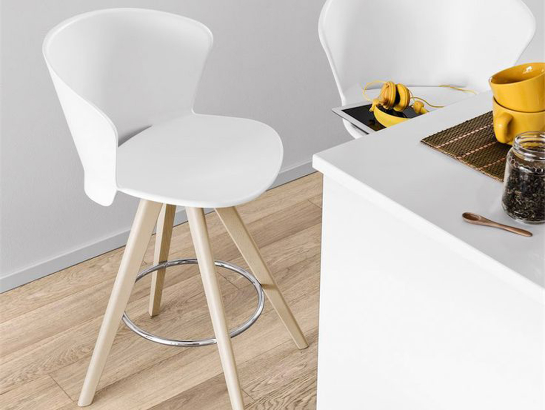 bahia-bar-stool-white-calligaris-core-furntiure-lifestyle-1