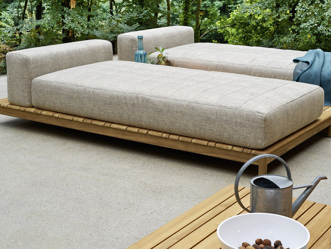 barcode-double-daybed-varaschin-core-furniture-lifestyle-1