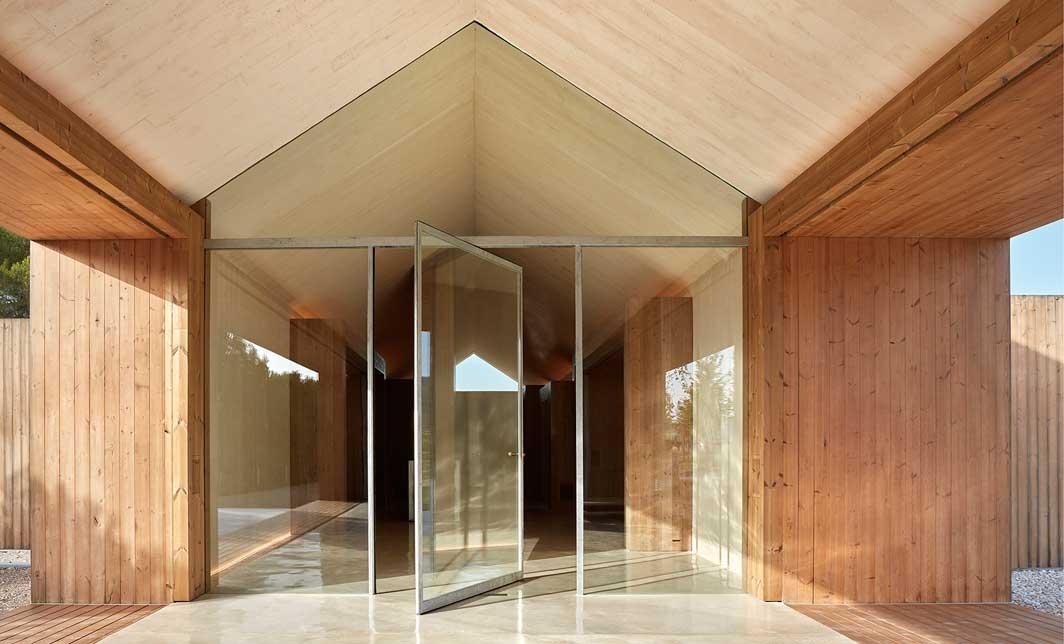 Sensational Cottage In The Vineyard Design Digest Core Furniture Blog 8 Download Free Architecture Designs Sospemadebymaigaardcom