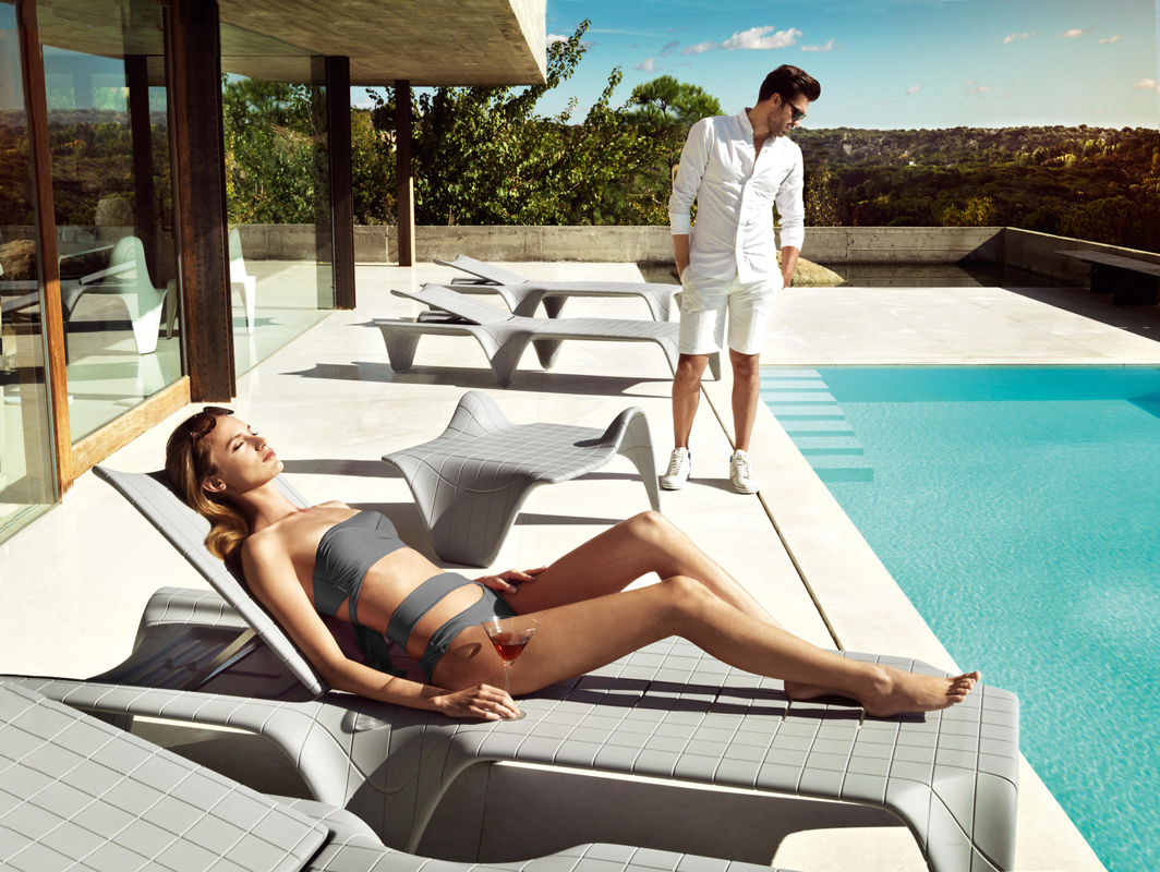 f3-sunlounger-vondom-core-furniture-lifestyle-1