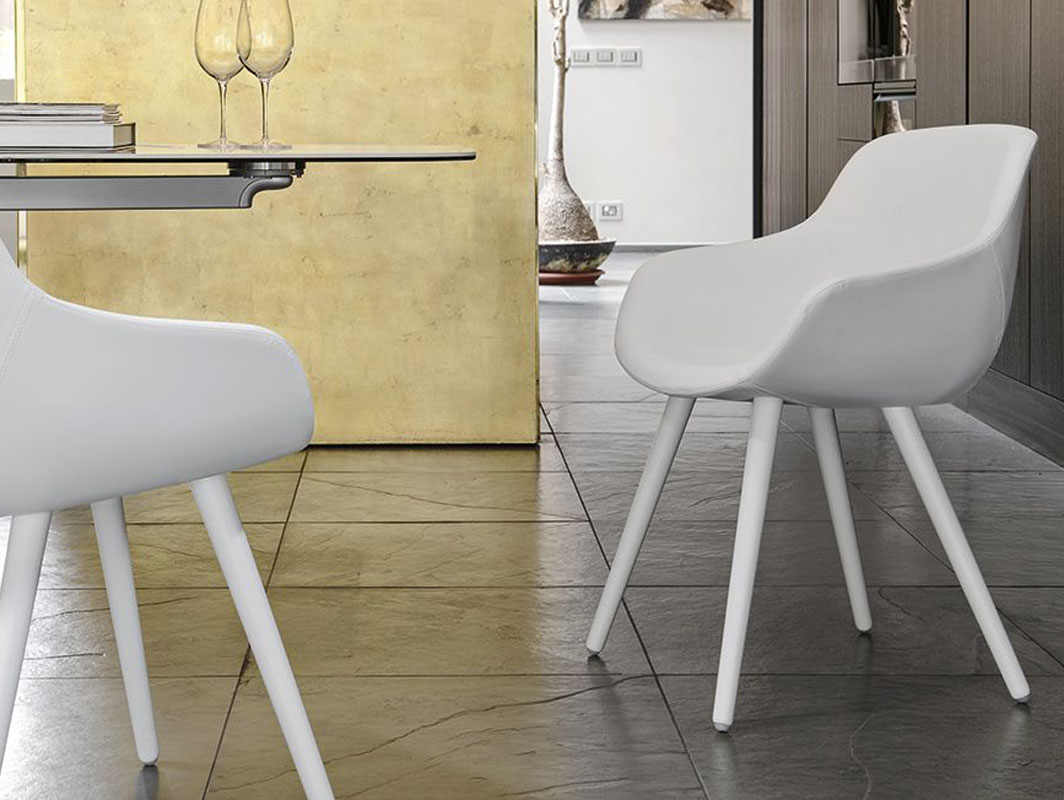 igloo-leather-dining-chair-calligaris-core-furniture-lifestyle-1