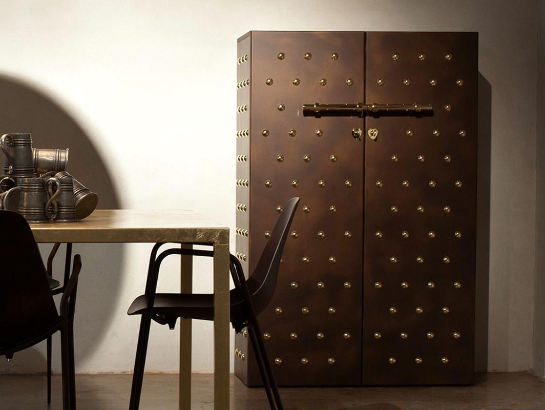 principe-galeotto-cabinet-brown-opinion-ciatti-core-furniture-lifestyle-1