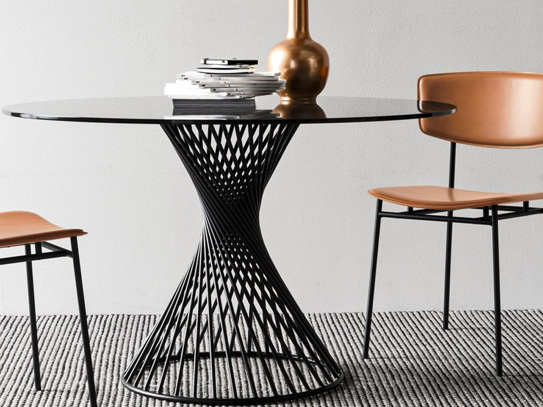 vortex-dining-table-calligaris-core-furniture-lifestyle-2