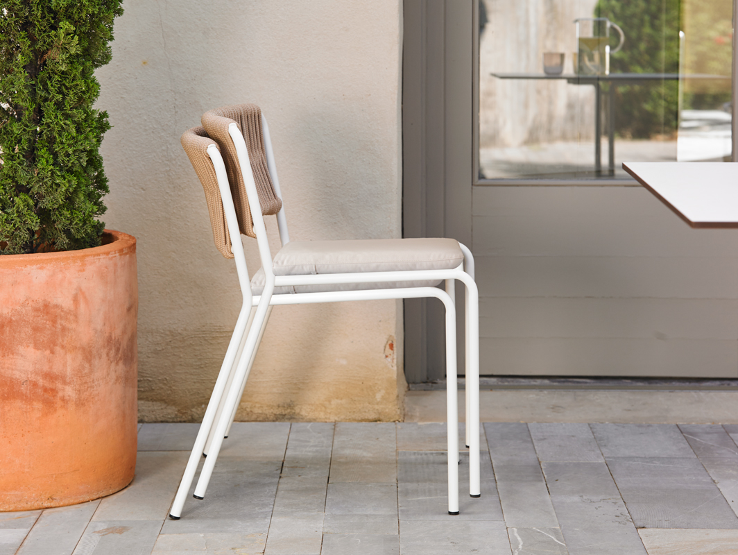 weave-dining-chair-point-core-furniture-lifestyle-1