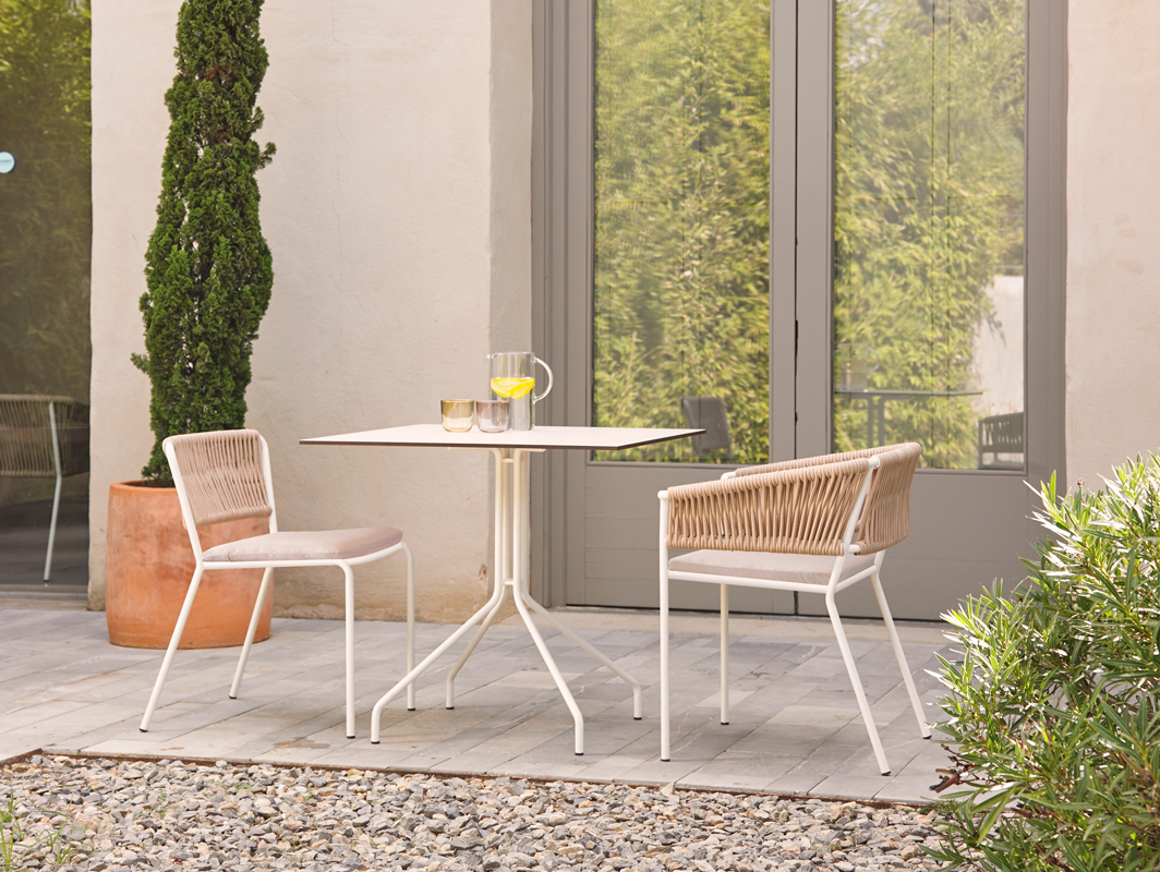weave-dining-chair-point-core-furniture-lifestyle-2