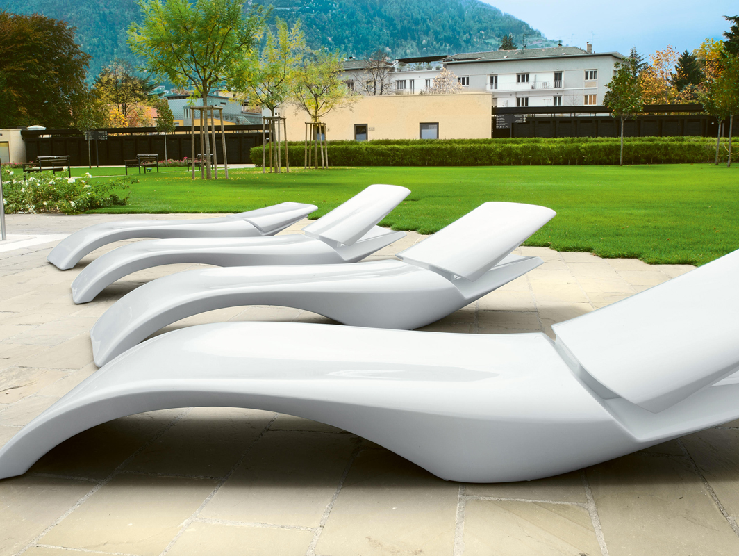 zoe-sun-lounger-white-myyour-core-furniture-lifestyle-2