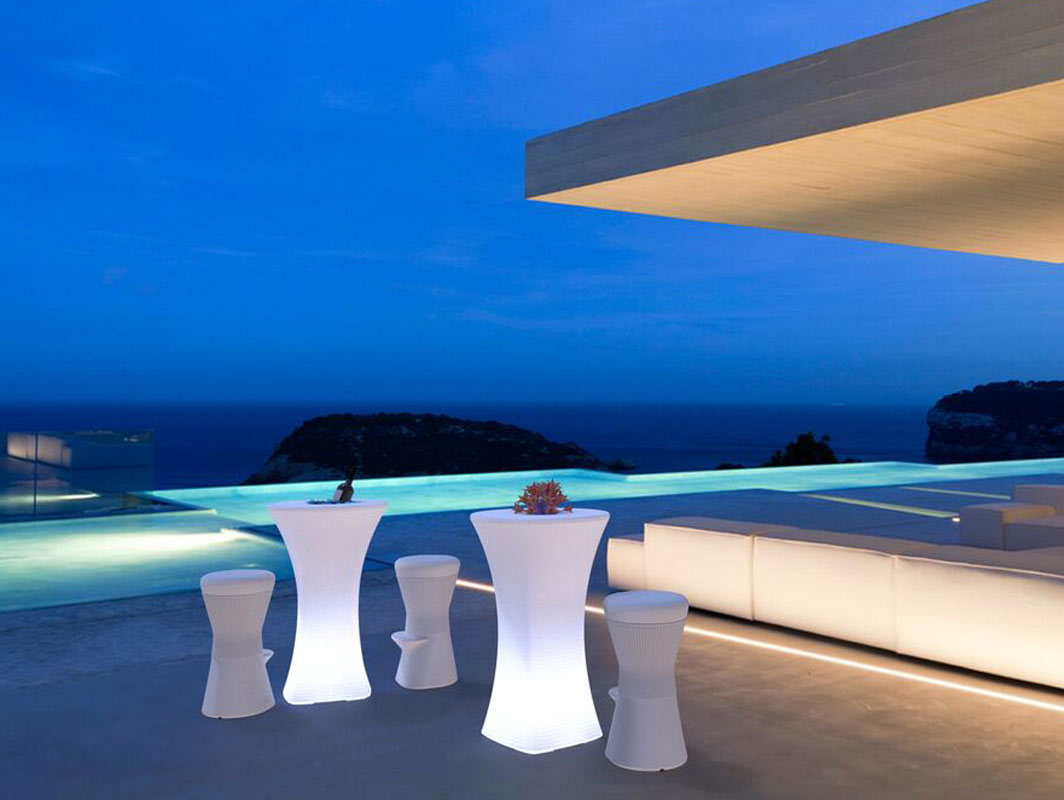 bahama-high-table-new-garden-core-furniture-lifestyle-2