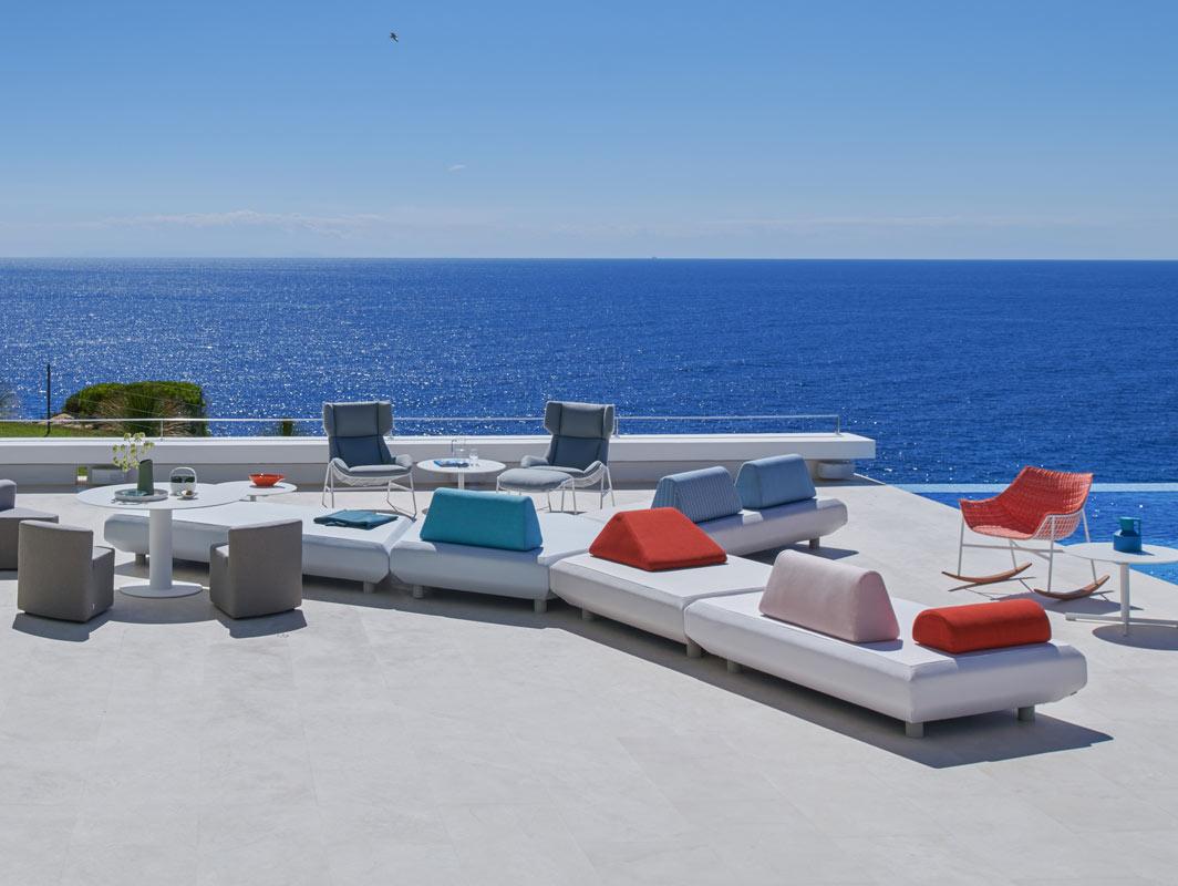 bento-modular-five-piece-sofa-varashcin-core-furniture-lifestyle-2