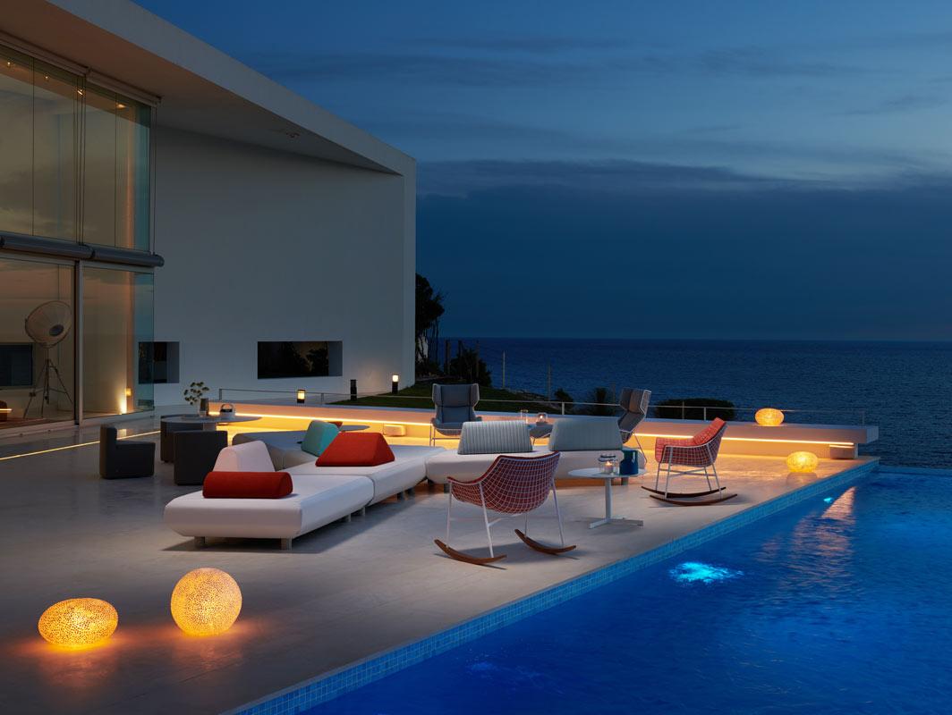 bento-modular-five-piece-sofa-varashcin-core-furniture-lifestyle-3