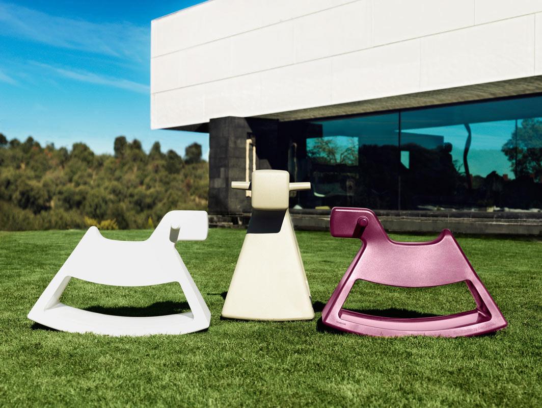 rosinante-accessory-vondom-core-furniture-lifestyle-1