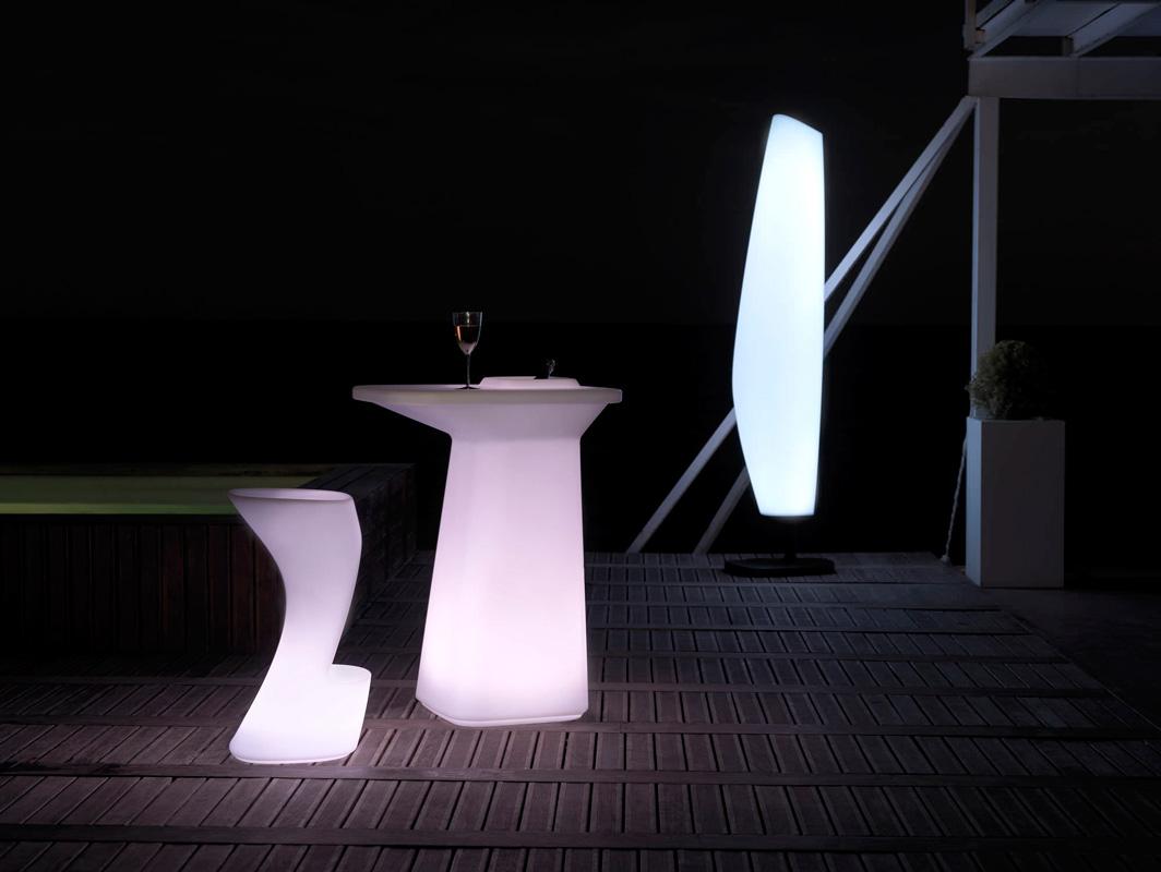 blanca-lamp-vondom-core-furniture-lifestyle-1