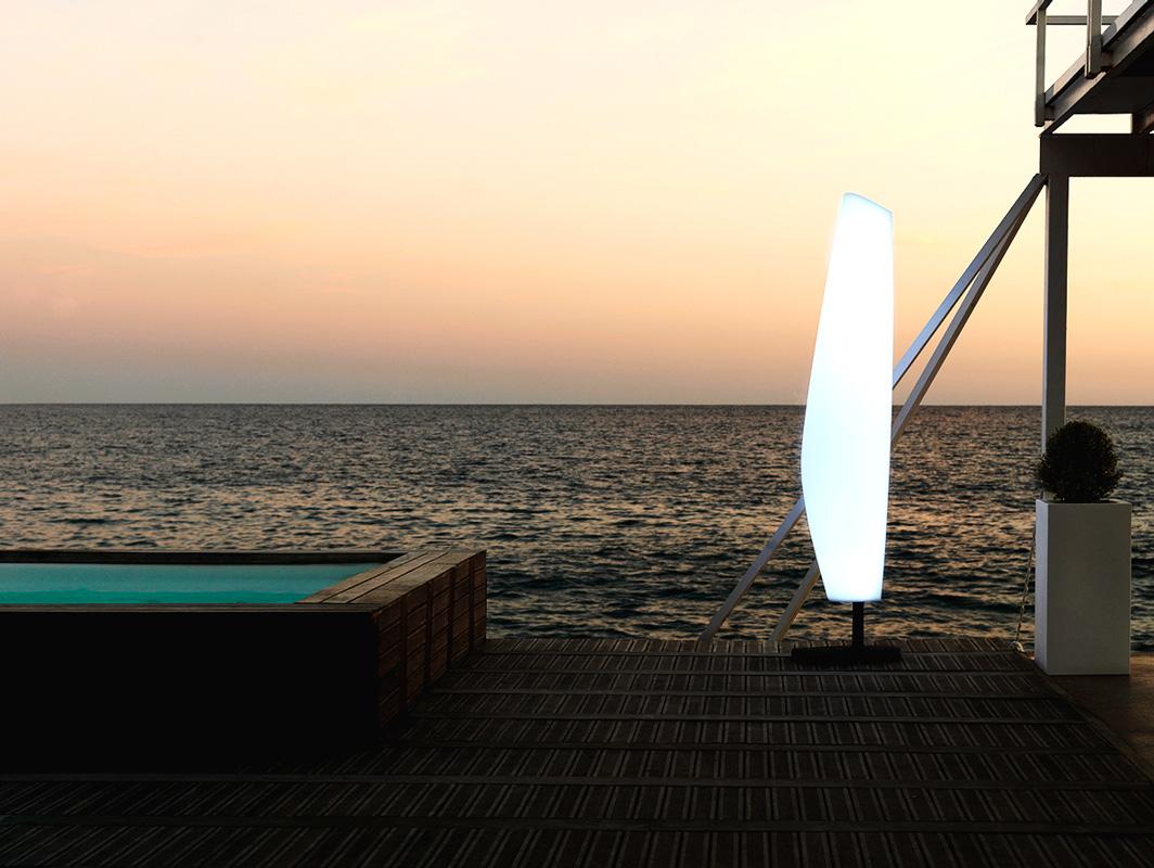 blanca-lamp-vondom-core-furniture-lifestyle-5