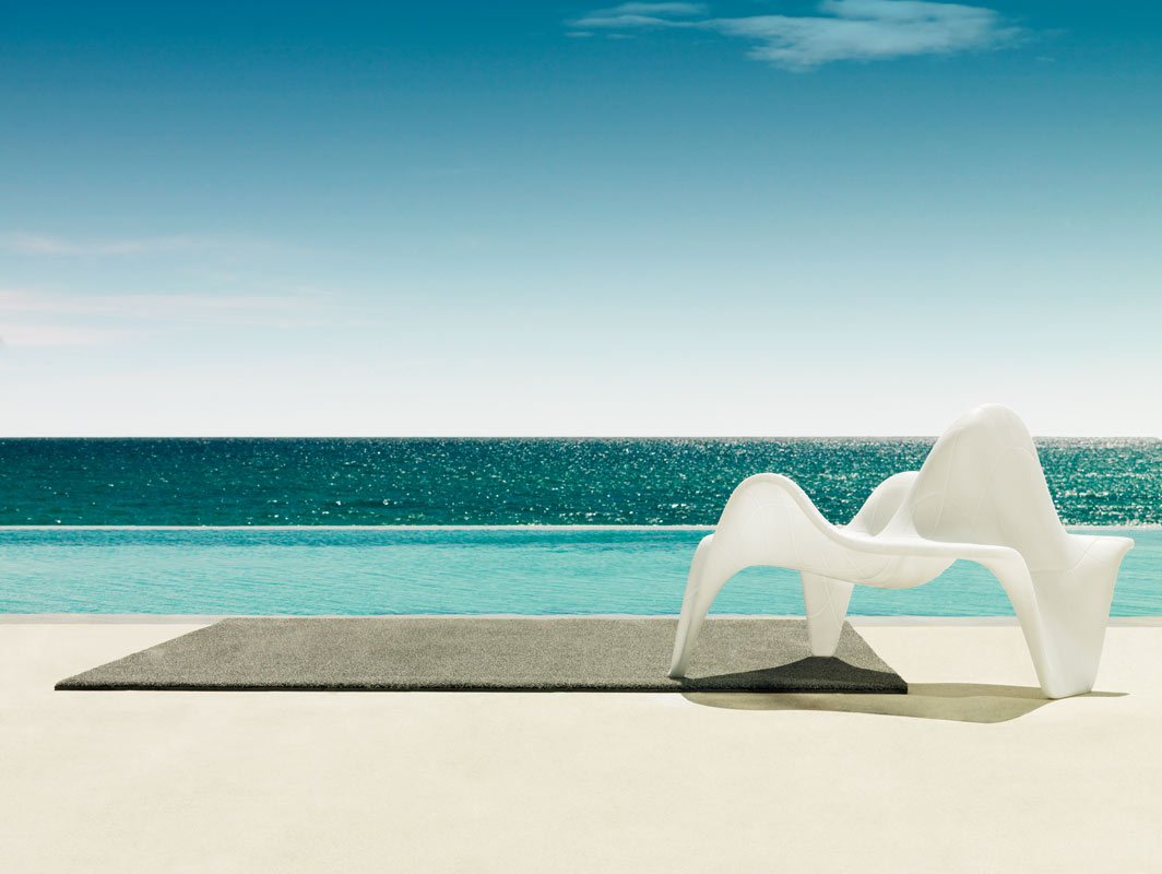 f3-club-chair-vondom-core-furniture-lifestyle-3