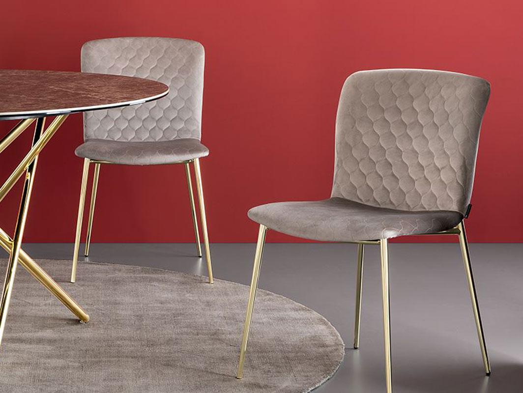 glove-dining-cahir-calligaris-core-furniture-lifestyle-3
