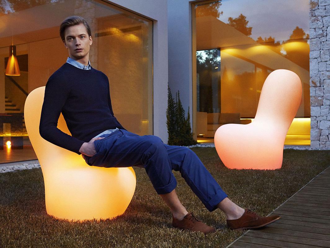 sabinas-lamp-large-vondom-core-furniture-lifestyle-2