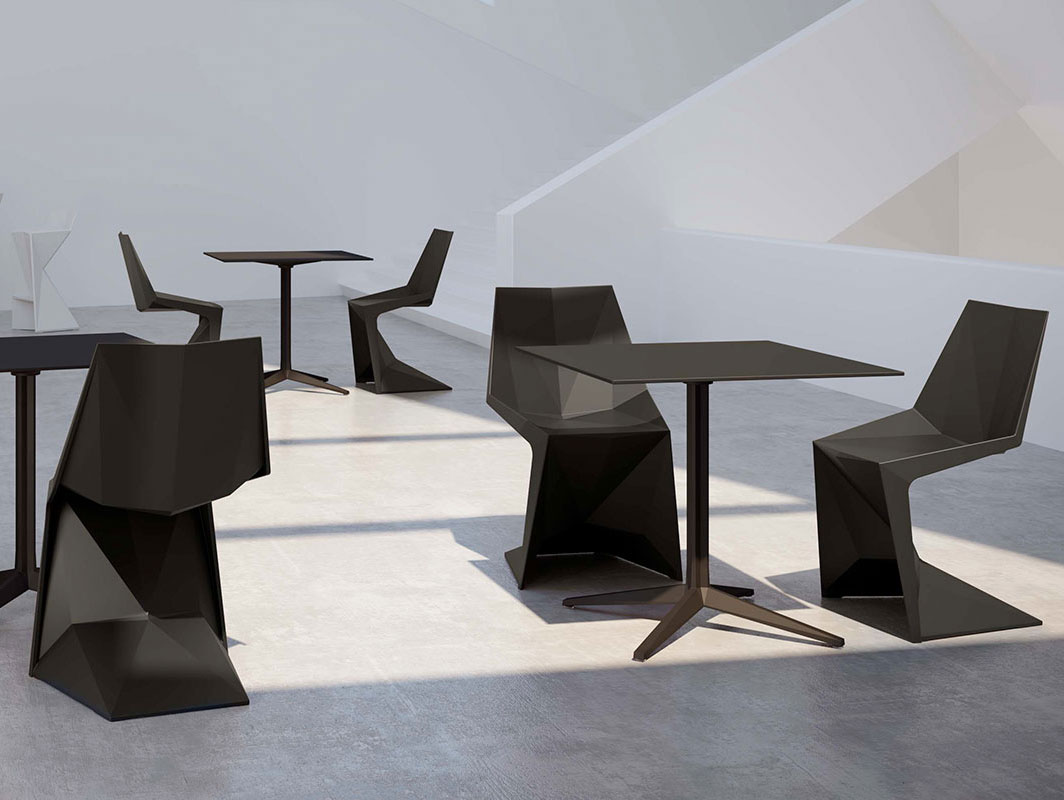voxel-chair-black-vondom-core-furniture-product3