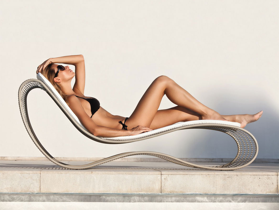 breez-sunbed-talenti-core-furniture-lifestyle1