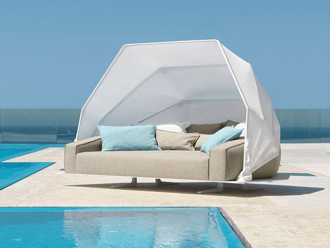 eden-daybed-talenti-core-furniture-lifestyle2