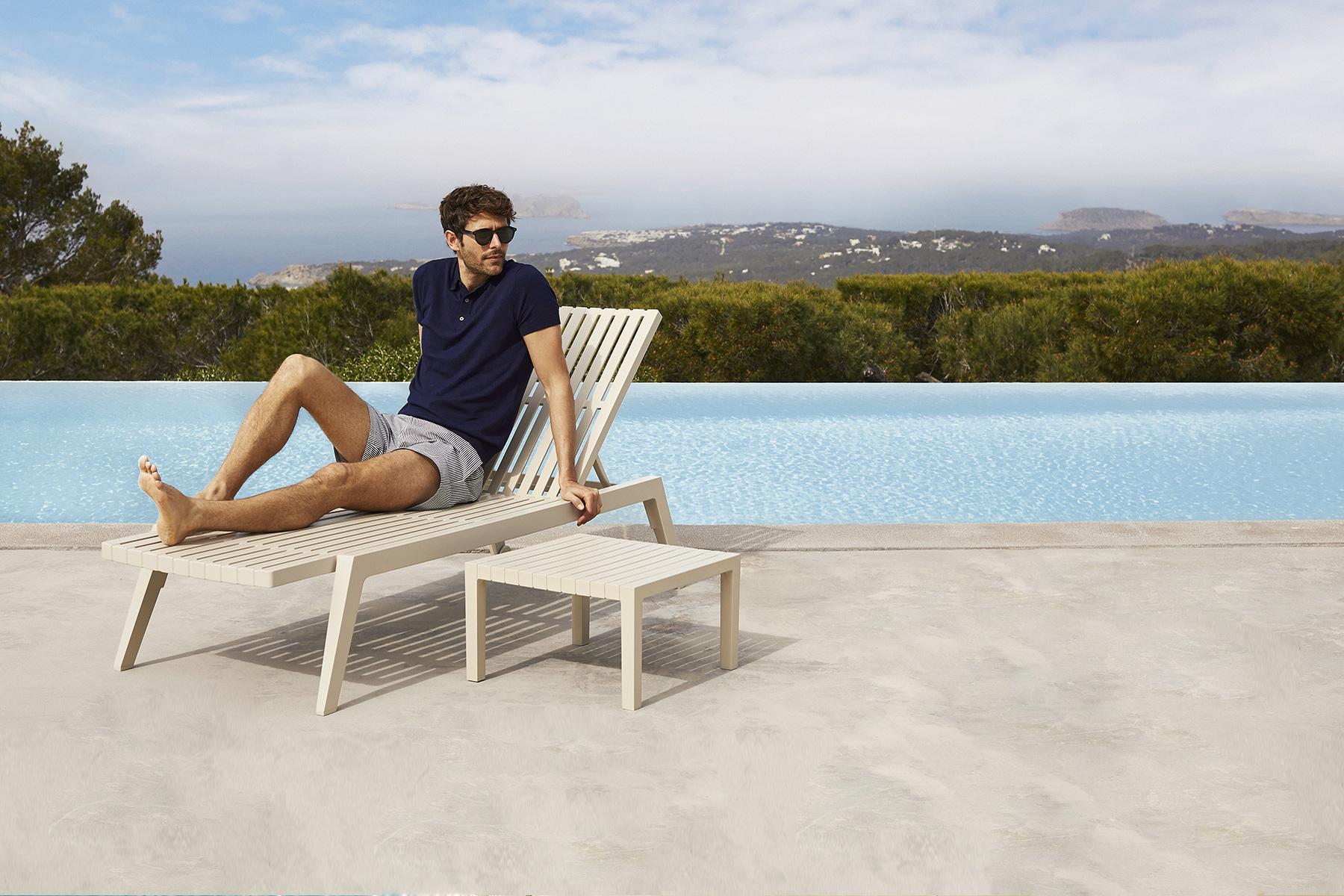 stackable-sunbed-sunlounger-outdoor-luxury-furniture-modern-outdoor-furniture-spritz-vondom-2