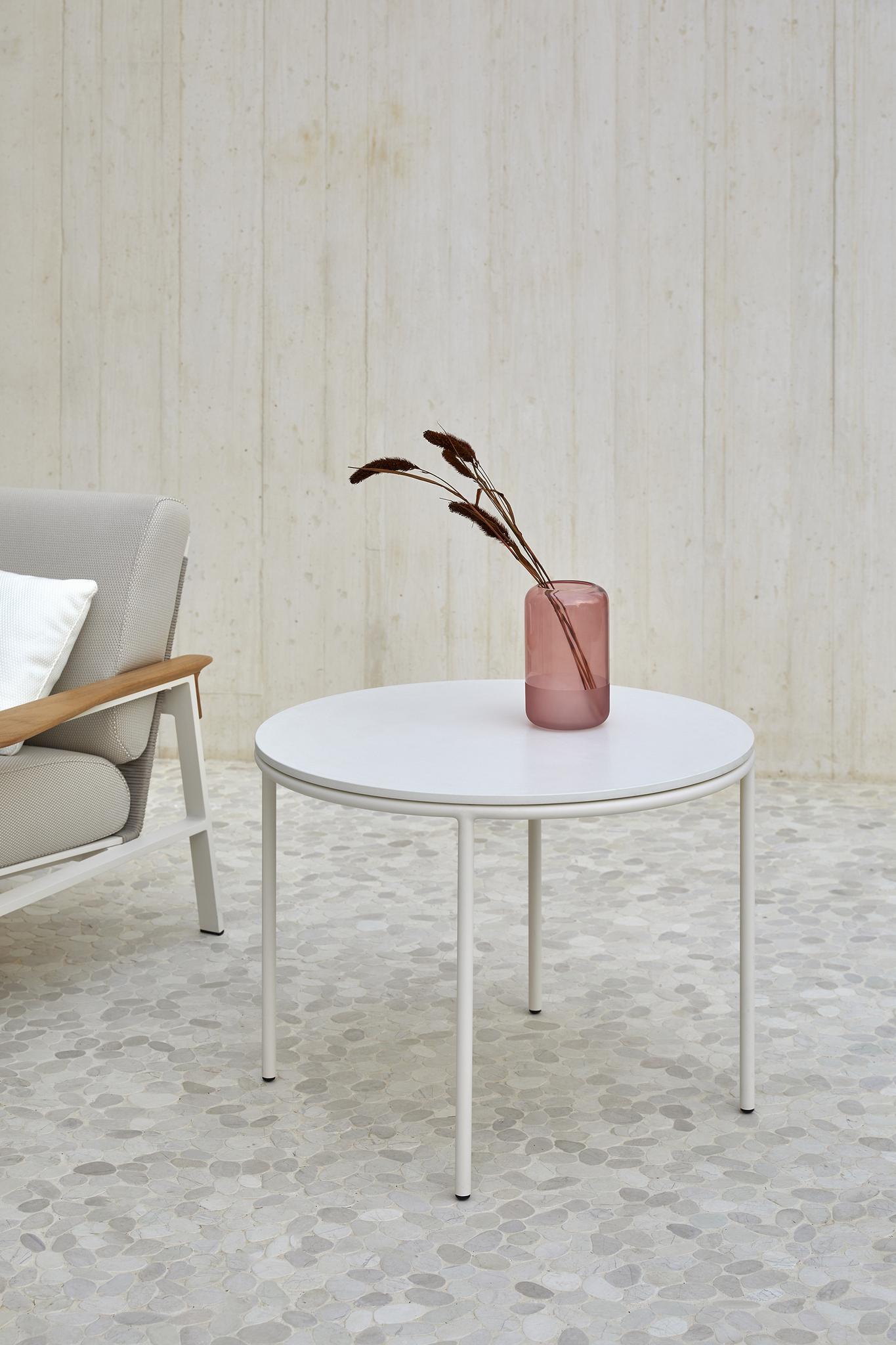 point_city_round_side_table_2_corefurniture