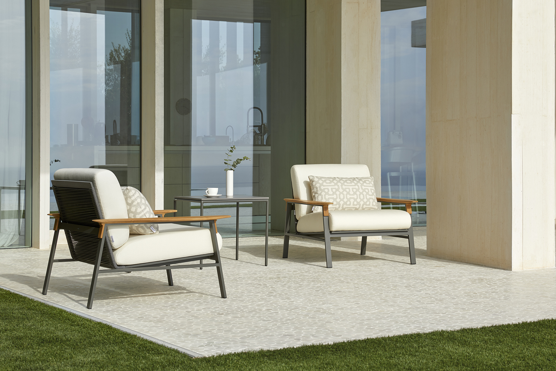 point_city_square_side_table_3_corefurniture