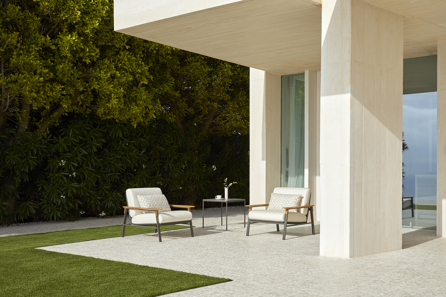 point_city_square_side_table_4_corefurniture