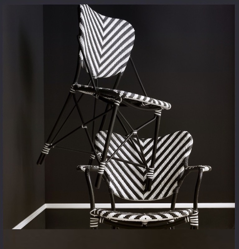 OUDTOOR DINING CHAIRS